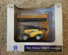Ertl  New Holland CR9070 Combine 1/64 NIP Farm toy model 2007
