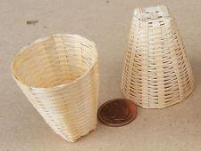 1:12 SCALA 2 cesti di bambù tumdee Casa delle Bambole Accessorio Negozio in Miniatura Articolo K