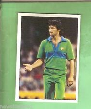 1985 SCANLENS CRICKET STICKER #21  IMRAN KHAN, PAKISTAN