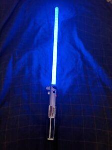 Star Wars Anakin Skywalker Ultimate FX Lightsaber Hasbro C-2945A Blue Light Soun