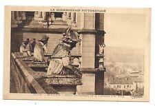 moulins , statues bourbonnaises sur la cathédrale