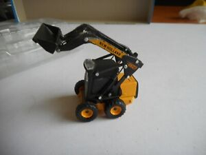 New Holland Construction L175 Wheeled Skid L0ader Wheel Loader 1:87 + box
