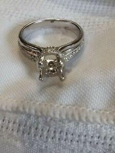 18k White Gold Diamond Engagement Ring Semi Mount