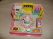 Vintage Takara Furry Families Bakery Playset - by Playmates 1993