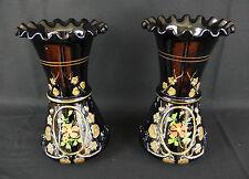 ancienne paire de vases en opaline noire / col dentelé / Napoléon III / deuil