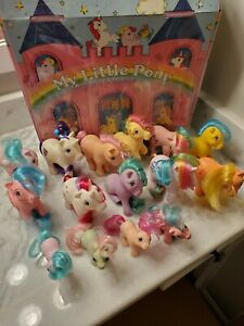 MLP G1 Collectors Case Lot w/ 15 My Little Pony Dolls & Accessories