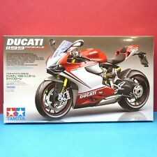 Tamiya 1/12 Ducati 1199 PANIGALE S Tricolore Motorcycle Series model kit 14132