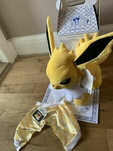 BNWT - Build A Bear Pokemon Jolteon with cape & sounds