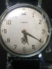 Timex Vintage 35mm Case White Face Gold Dail,crake On The Glass