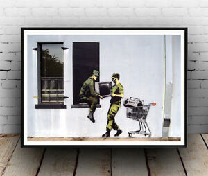 Banksy : Looting soldiers street art Poster reproduction