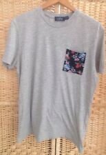 TOPMAN Mens Size Medium Grey T-Shirt Top With Floral patterned Pocket