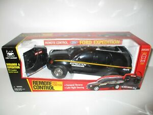 New Bright Ford Expedition XLT Remote Control RC