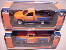 LIONEL 2 Pcs METAL 1997 FORD TRUCK  & 1955 CHEVROLET TRUCK TRAIN  SET READY MADE