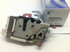 Chevrolet S10 Trailblazer GMC Envoy LH Front Drivers Door Latch new OEM 15066140
