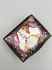 More details for antique 18th century bilston & battersea enamel snuff box