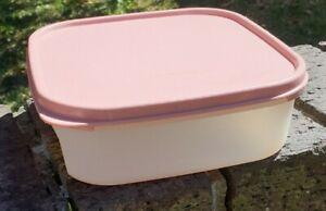 Vintage Retro Tupperware Square Sandwich Container
