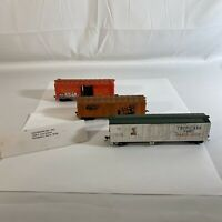 Misc Freight Train Car Bundle -Atlas TROPICANA Boxcar, FGE Solid Gold, Baby Good