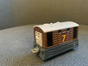 thomas take and play train Toby