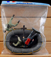 Starlux Commando Boat and 3 Man Crew - 60mm Painted Toy Soldiers - mint in bag