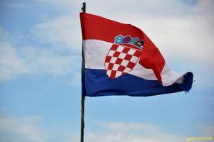 Kroatien Flagge /Flaggen/ Fahne/ Fahnen/ Hissflagge 90x150    2 Ösen