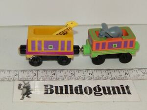 Chuggington Lot of 2 Train Cars Only Safari & Safari Cargo Giraffe Elephant Car