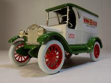 Winn Dixie Supermarkets # 14 1923 Chevrolet Panel Truck Ertl #9144 NOS MIB