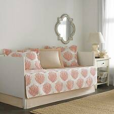 Laura Ashley Coral Coast 5 Piece Daybed Set - Coral (Daybed)