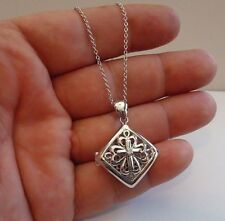 925 STERLING SILVER SQUARE FILIGREE LOCKET NECKLACE PENDANT / SIZE 31MM BY 27MM
