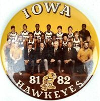 Pinback Sport Button 1981 82 IOWA HAWKEYES BASKETBALL Team Pin Badge Souvenir