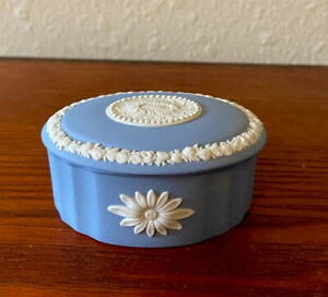 Vintage Wedgwood Jasperware Blue And White Daisy Oval Egg Trinket Box.