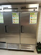 "True T-23-Hc - Single Solid Door 3 Shelf 23 cu ft 27""W Reach-In Refrigerator"