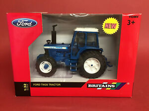 Britains 1/32 Ford TW20 Tractor No42840 MIB