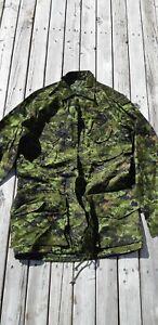 Canadian Wood Cadpat Shirt Size 40