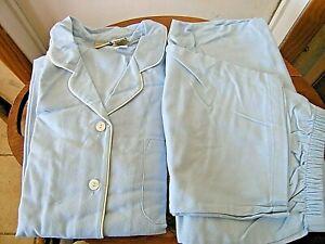 LL Bean Woman's Pajama Set  Cotton Flannel Petite L Light Blue w White Piping Pe