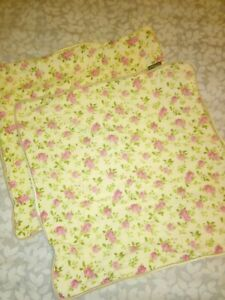 Pair 2 x Cushion Cover  Pink Ditsy Floral Flowers. Chabby chic