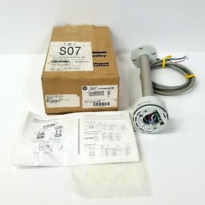 Allen-Bradley 855T Control Tower Stack Light Base Interface 855T-DS2GPM25 NEW