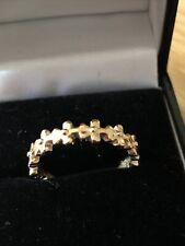 Gold Tone Flower Fashion/Dress Band Ring Pretty Size Q Medium Lightly Used