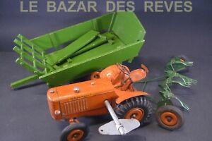 CIJ FRANCE. Tracteur RENAULT. Tôle.  motorisé. + remorques.