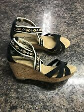 Women's Sz. 9 Minnetonka Wedges Sandals Black Shoes EUC!