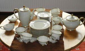"""Goldrand Tee(kaffee)service, Porzellan, Rosenthal, """"Aida"""", 12 Personen"""