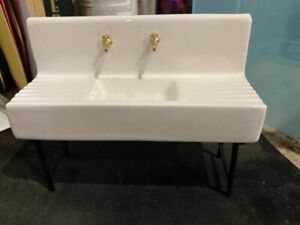 farmhouse style miniature porcelin kitchen sink