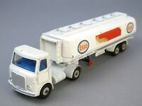 Dinky Toys GB 945 AEC Fuel Tanker 1:43 Articulated Lorry ESSO Tankwagen DIECAST