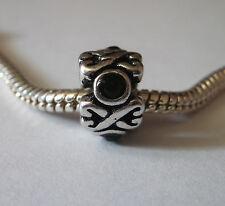 Bead Element  Spacer Perle Strass Schwarz Farbe Antiksilber Silber Armband 0560