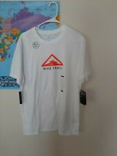 Nike dri fit t shirt large Trail