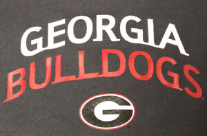 Gray and Red DRI Fit 2XL Georgia Bulldogs Long Sleeve Shirt 29.5in L 25in. W