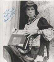 10 x 8 B/W PHOTO HAND SIGNED GERALDINE CHAPLIN  - AFTAL COA  - dedicated