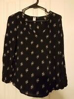 Women's Old Navy Size XS Black Floral Blouse Top Shirt Rayon