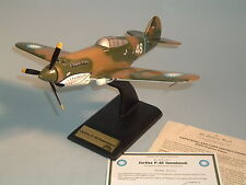 AIRPLANE CURTIS P-40 TOMAHAWK FIGHTER PLANE DANBURY MINT 1:32 MILITARY AIRPLANE