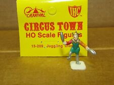 15-209 JUGGLING CLOWN HO SCALE CARNIVAL/CIRCUS FIGURE NEW IN ORIGINAL PACKAGING