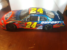 2006 Jeff Gordon Dupont Raced win Chicago 1/24 Action look wrong box
